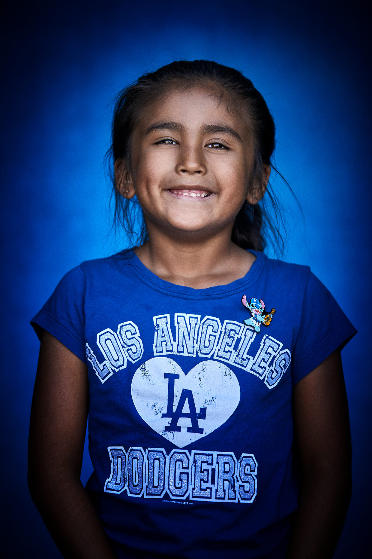 04_0727-DodgerFans_2461-Lily